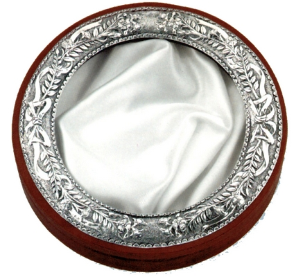 Silver Crownbox Circle Design with Leaves