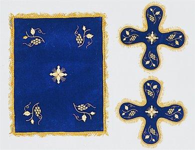 Velvet Cover Set with Vine Blue