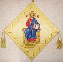 Enthroned Jesus with Embroidered Background - Hieratical kneepiece
