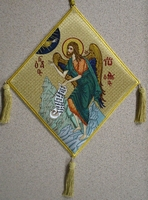 Saint John the Baptist Praying with Embroidered Background - Hieratical kneepiece