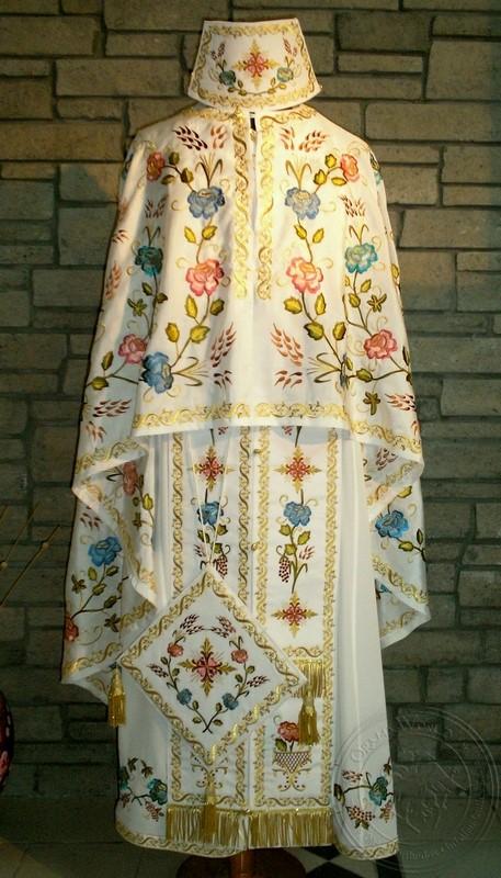Stachi with Chevron Jasmine - Hieratical Robe