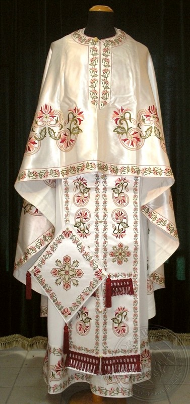 Dahlia with Chevrons - Hieratical Robe - 46730