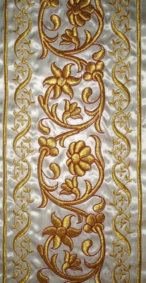Golden Flowers in White Color - Hieratical Galloon